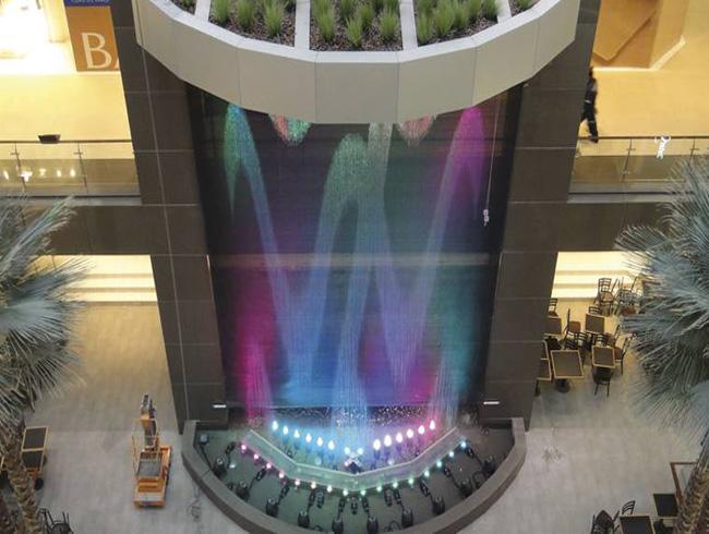 Цифровой фонтан как отдельная конструкция